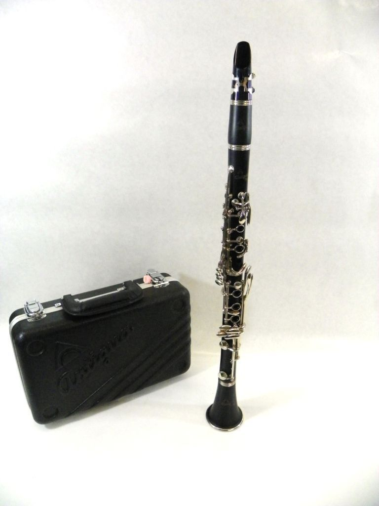 Antigua Vosi CL2220 Clarinet outfit